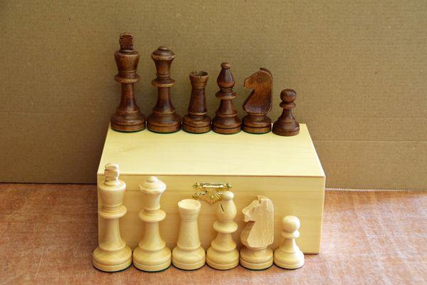 houten schaakstukken